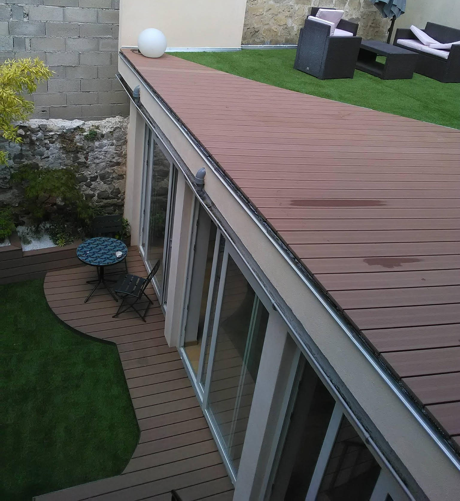 Entretien terrasse et balcon 95 (Val d'Oise)